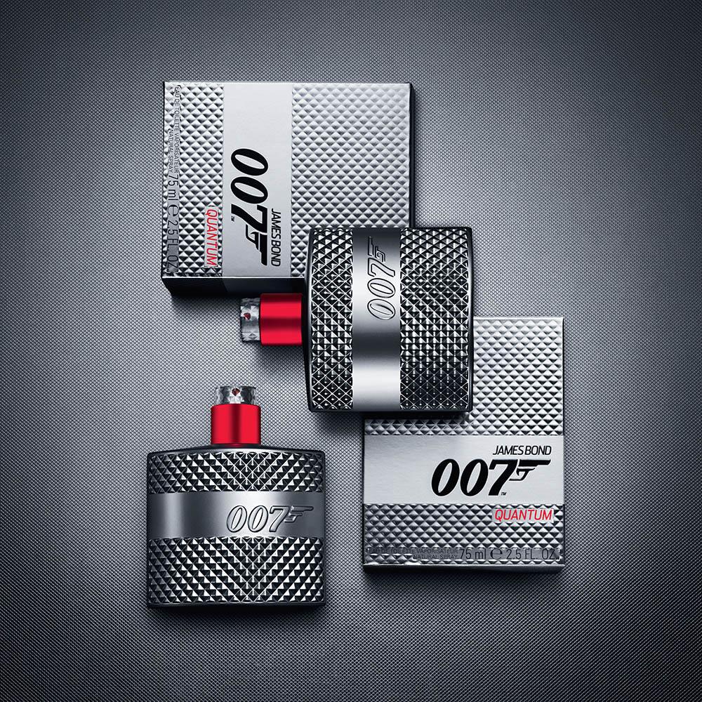 James-Bond-Quantum-2